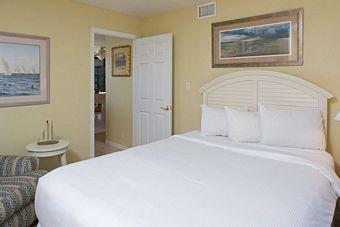 1 Bedroom Island Suite