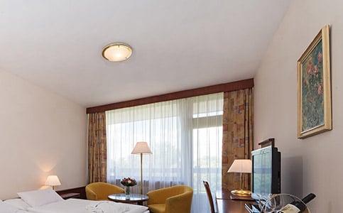 KomfortDvojposteľová izba (krídlo Esplanade)