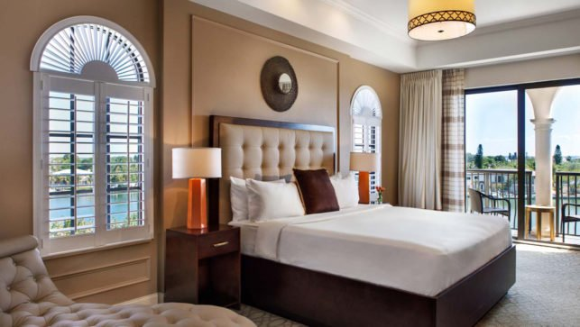 King Waterview Suite Accessible with Balcony