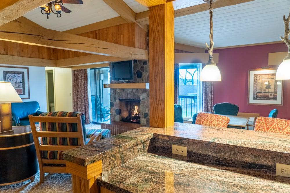 Lodges King Loft Suite 3 Bathroom