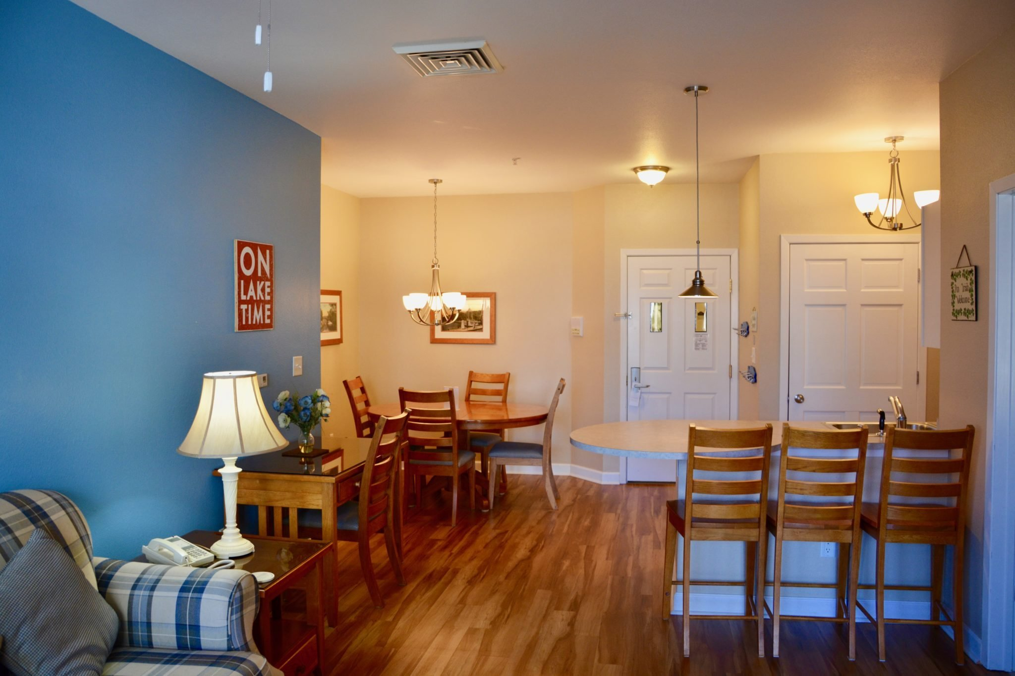 Two Bedroom - King/King Lakeview
