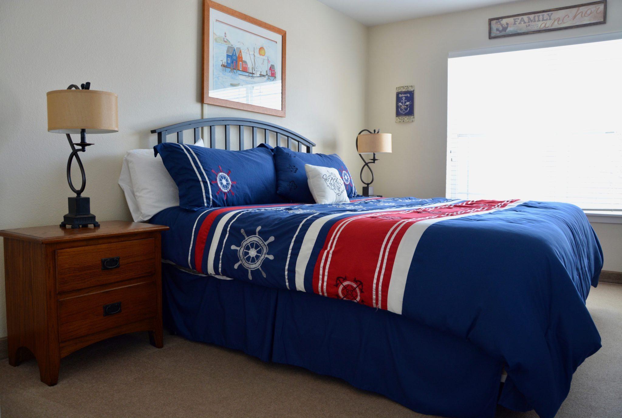 Two Bedroom - Queen/Queen Lakeview