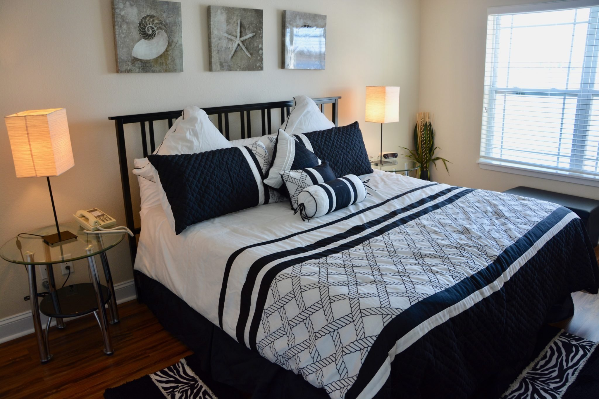 Two Bedroom - King/Queen Lakeview