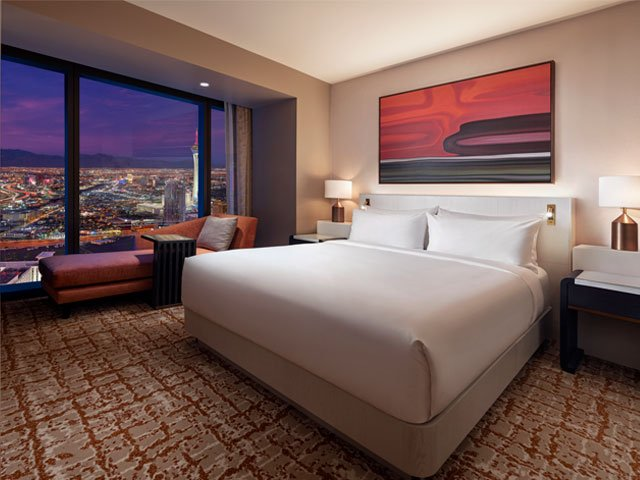 Hilton: City View One Bedroom Suite - One King Bed