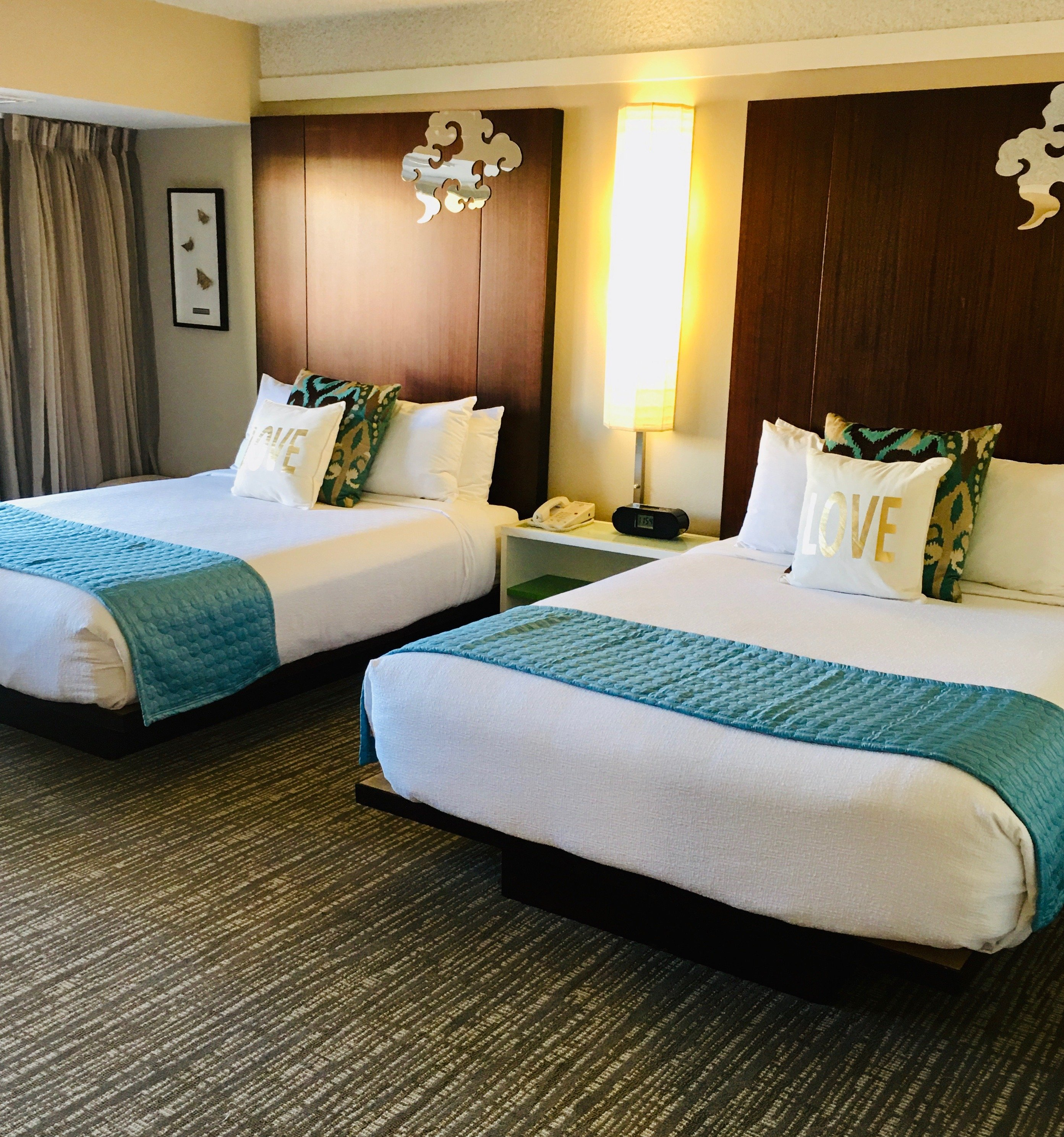DELUXE DOUBLE BEDS