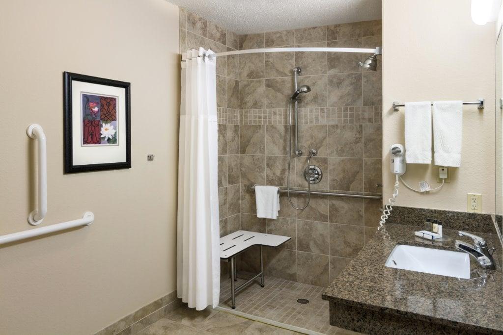 King Handicap Studio with Roll-in Shower