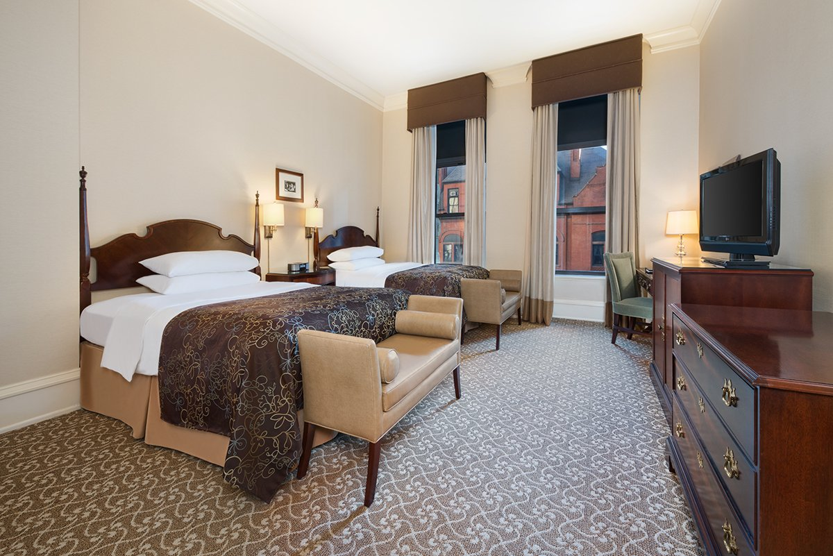Pfister Double Suite