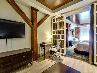 Junior Suite Accessible - 2 Queen Beds