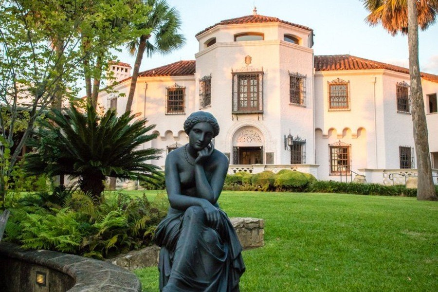 Stay and Be Inspired - Museum Package