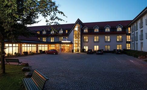 ZZ TO BE DELETED Victor's Residenz-Hotel Teistungenburg
