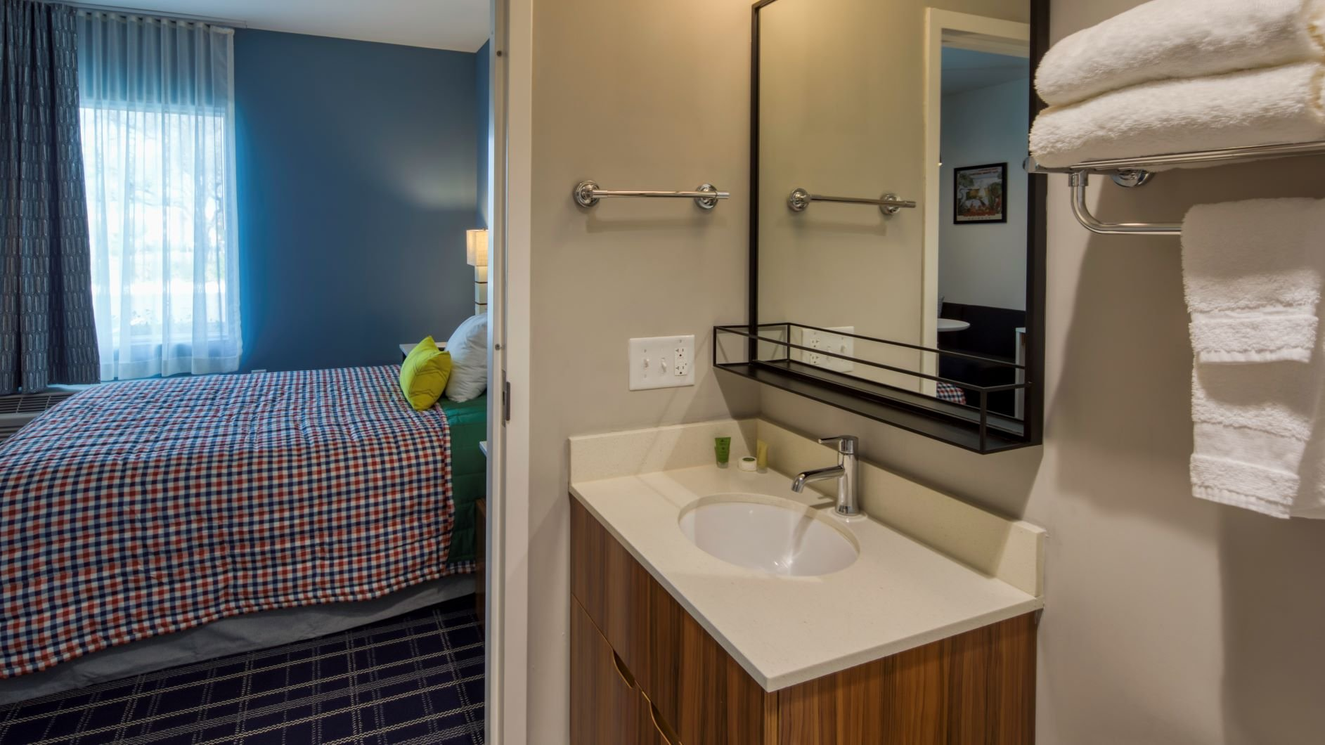 Uptown Suites Extended Stay Austin TX – Downtown