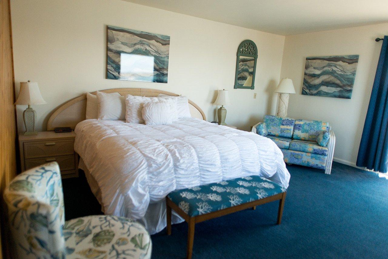Waterside Inn Chincoteague Island