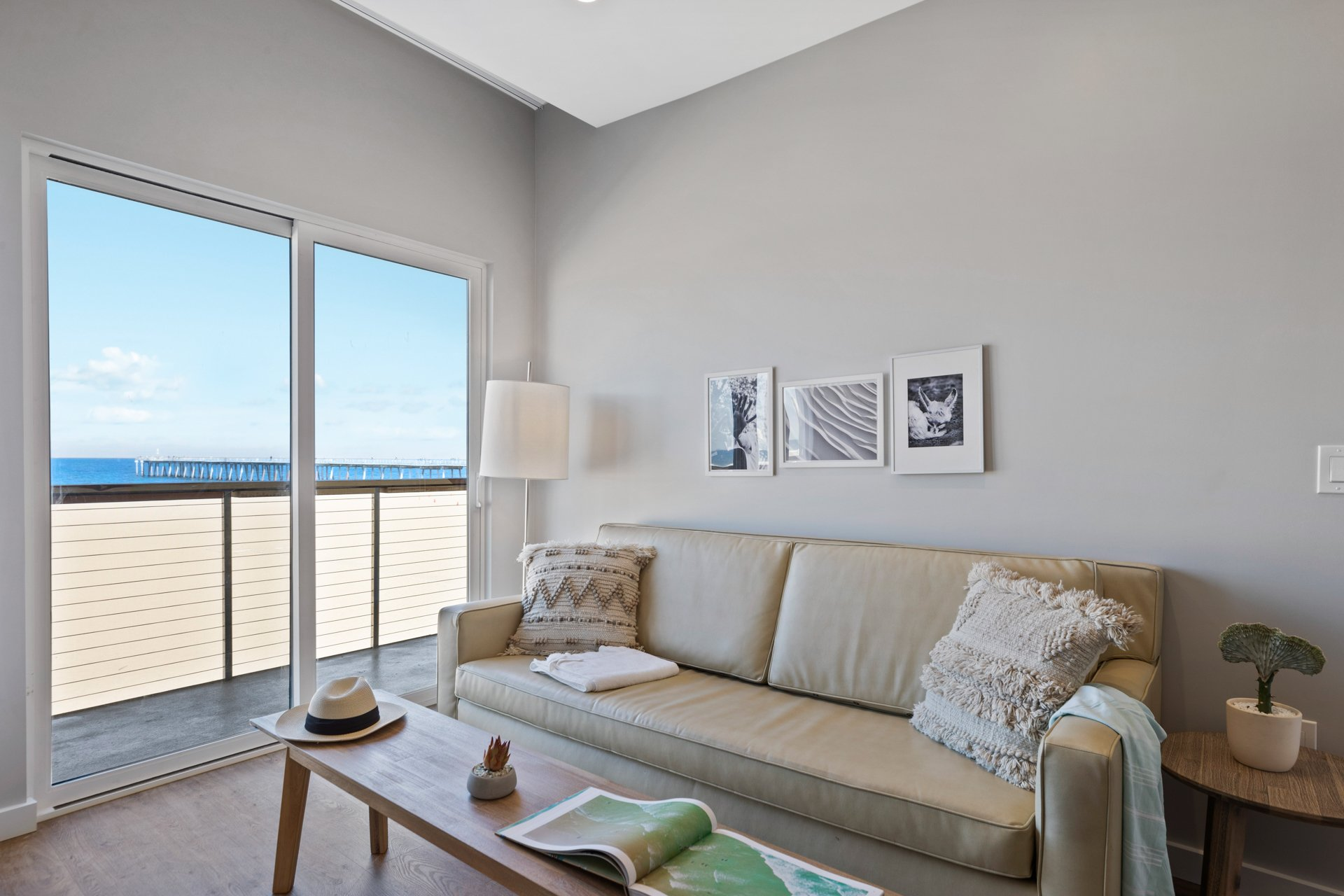 Panoramic Beachfront Balcony Suite | 455 sq ft
