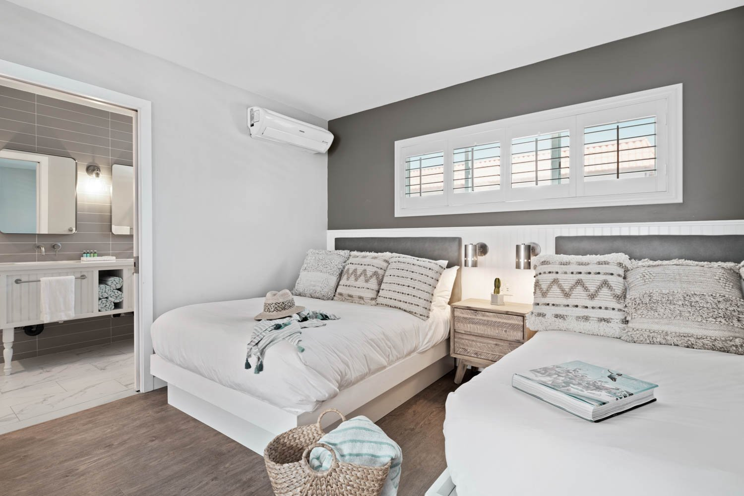 Partial Ocean View Two Full Beds | 335 sq ft