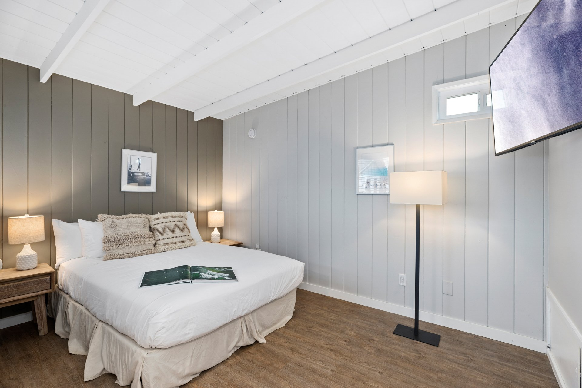 Beach House Guest Room | 200 sq ft