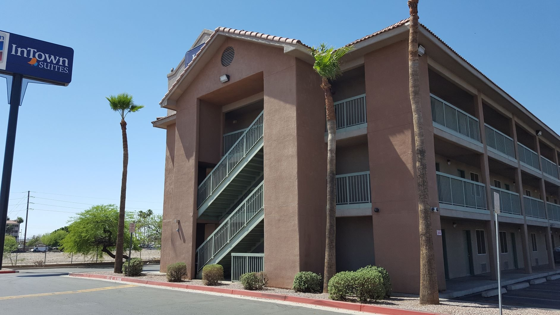 InTown Suites Extended Stay Phoenix AZ - Gilbert