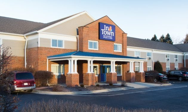 InTown Suites Extended Stay Chicago IL - Villa Park