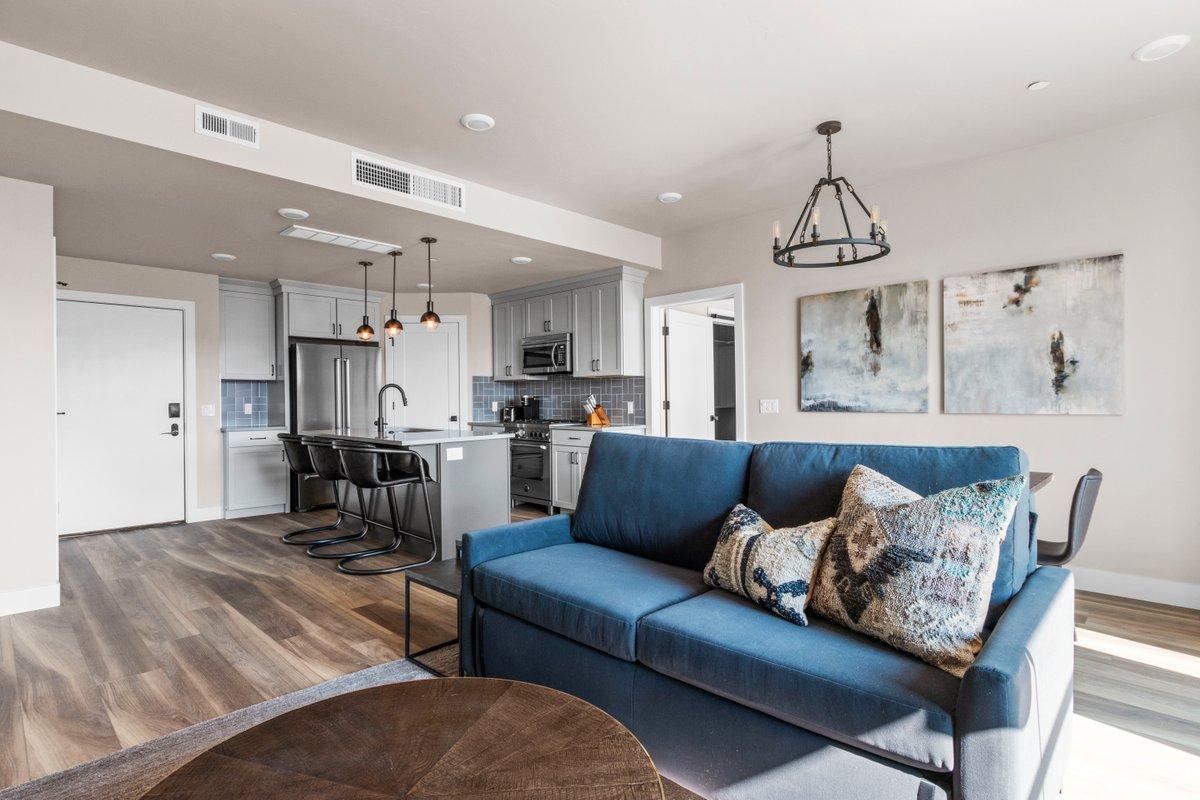 2 Bedroom Luxury Suite