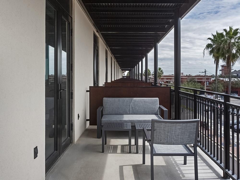 One Bedroom Balcony King Suite