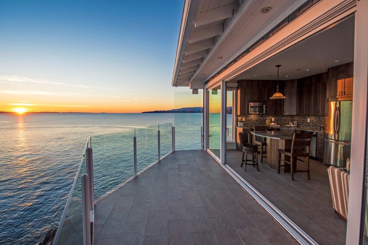 SookePoint Ocean Cottage Resort