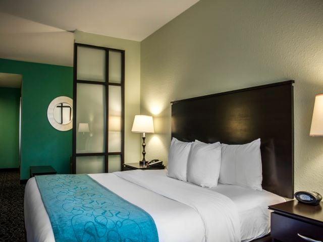 OFFSITE - Comfort Suites