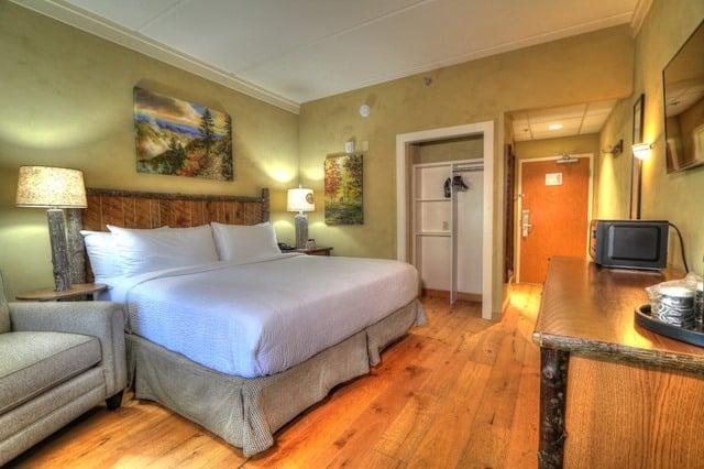 King Bed Balcony
