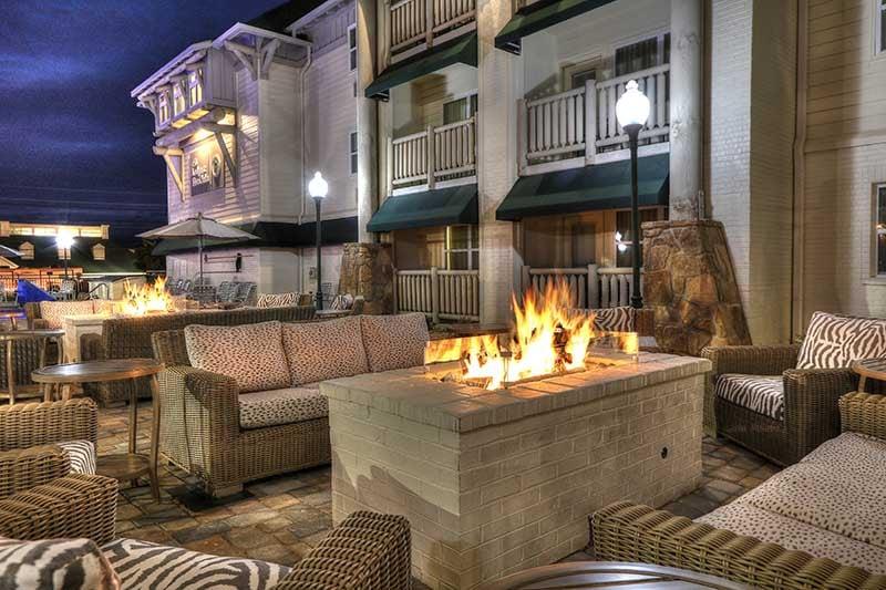 Lodge at Five Oaks