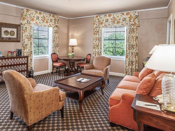 Alamo Plaza Suite