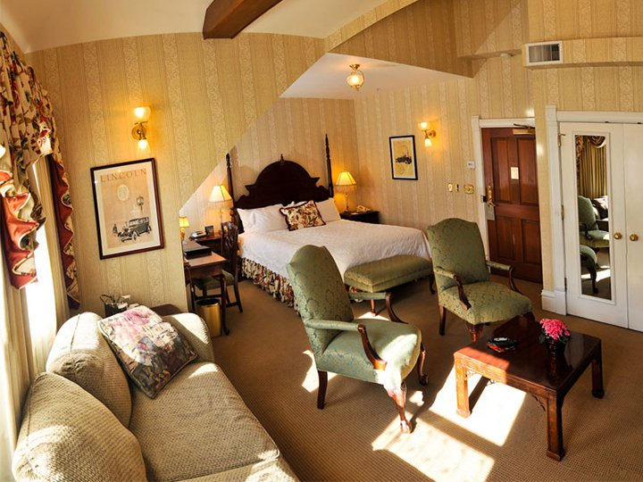 Henry Ford Suite