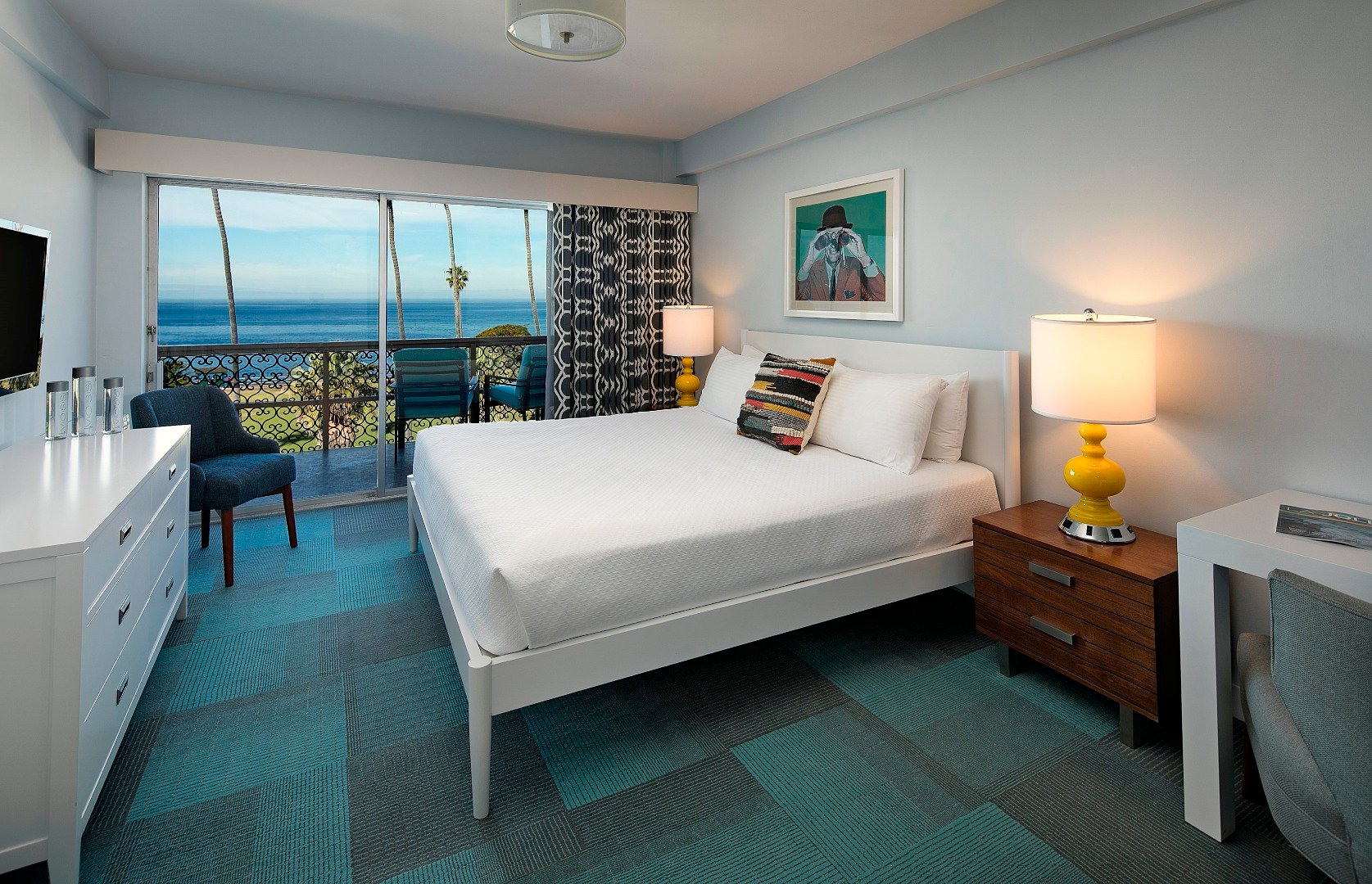 OCEANFRONT KING + QUEEN SUITE