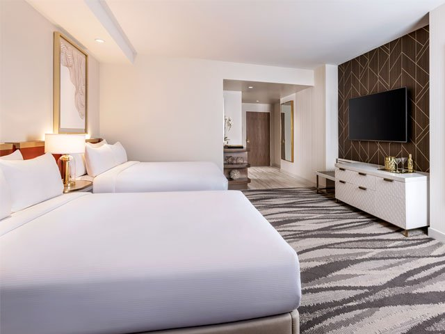 Conrad: Premium Room - Two Queen Beds