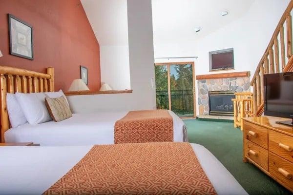 3 Queen Loft Suite